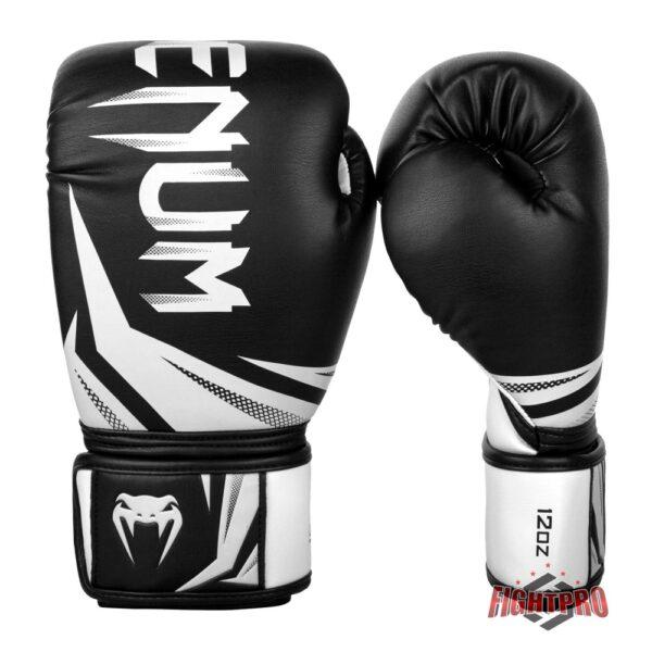 Venum Challenger 3.0 kickbokshandschoenen Boxing Gloves black white
