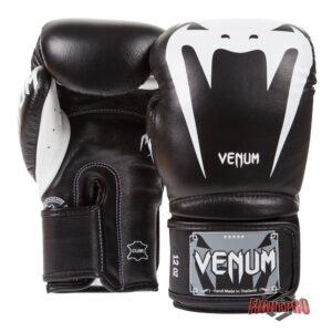 Venum Giant 3.0 Kickbokshandschoenen / Boxing Gloves – Nappa Leather / Leer